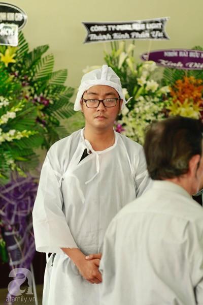 Con đầu qua đời vì tai nạn, con thứ 2 đang ở trại cai nghiện, hậu sự của nghệ sĩ Lê Bình đều do cậu con út lo liệu-7