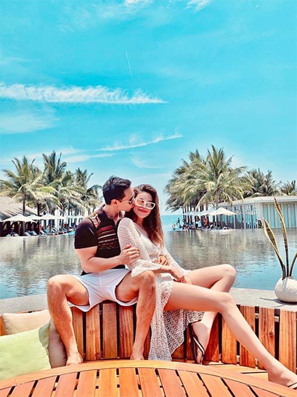 Loạt ảnh bikini nóng bỏng của Hồ Ngọc Hà khi đi du lịch cùng Kim Lý-1