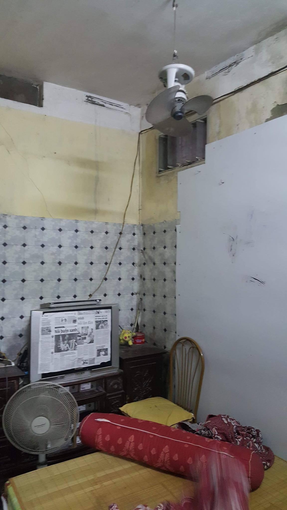 Ban thờ lập vội trong căn nhà tồi tàn của nạn nhân vụ tai nạn ở hầm Kim Liên-6