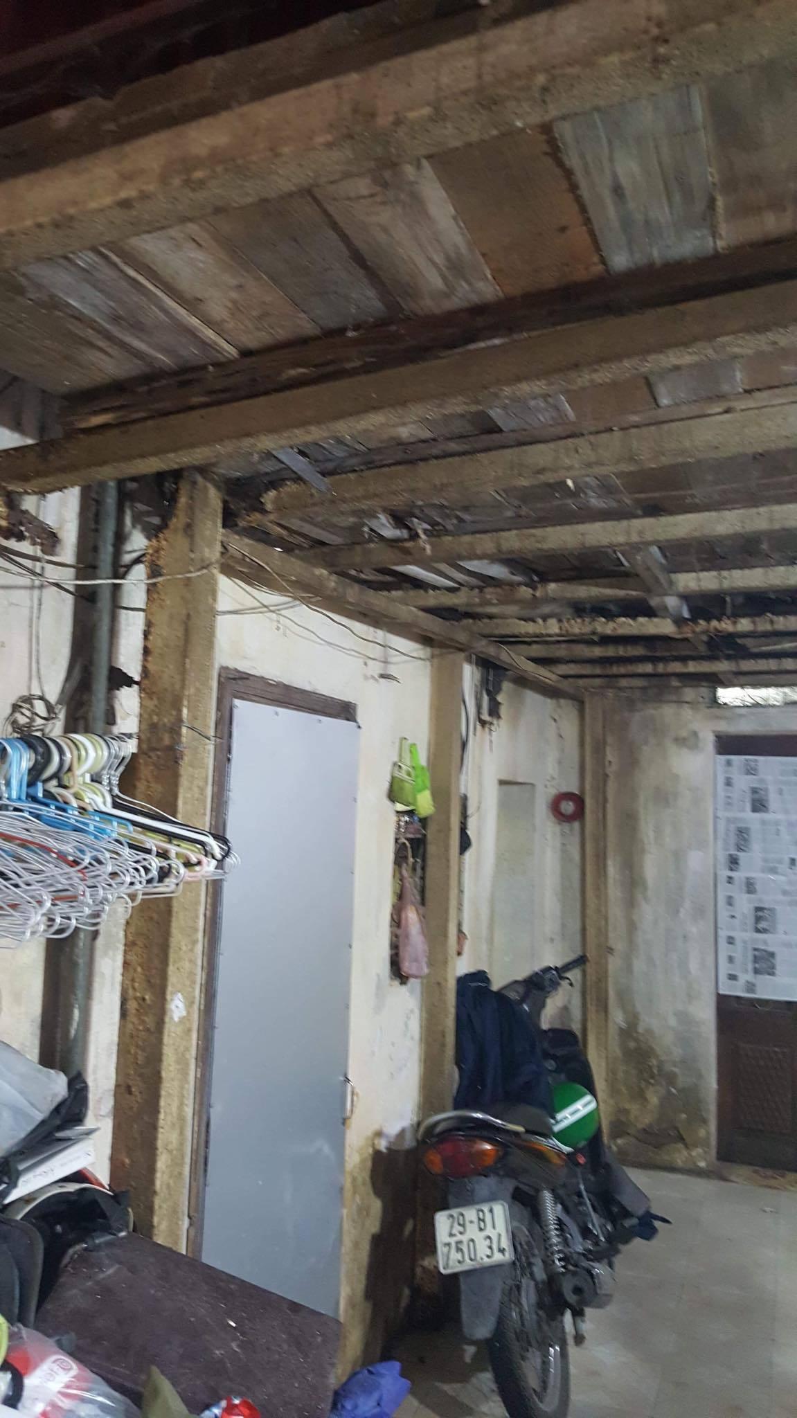 Ban thờ lập vội trong căn nhà tồi tàn của nạn nhân vụ tai nạn ở hầm Kim Liên-7