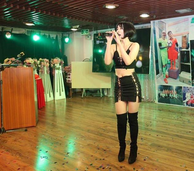 Từ ăn mặc hở hang đến kín cổng cao tường, Linh Miu gây sốc khi tiết lộ lý do về sự thay đổi chóng mặt-6