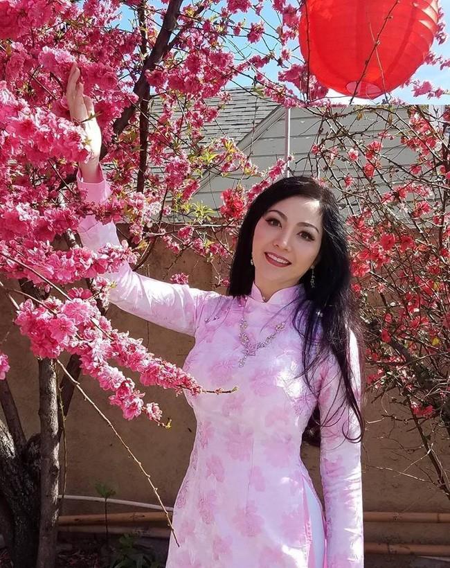 Hoa hậu Thiên Nga: Tiểu thư cành vàng 2 lần đăng quang Hoa hậu, lấy chồng giáo sư đại học Mỹ nhưng phải chịu nhiều bất hạnh nghiệt ngã-7