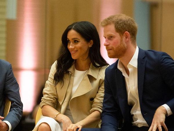 """Người hâm mộ giận dữ với lời chúc mừng sinh nhật khác người"""" của Meghan gửi đến tiểu Công chúa Charlotte-2"""