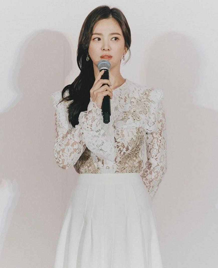 Chọn cách giữ im lặng nhưng Song Hye Kyo lại để lộ quá nhiều bằng chứng cho thấy sự mệt mỏi trong cuộc hôn nhân với Song Joong Ki-3