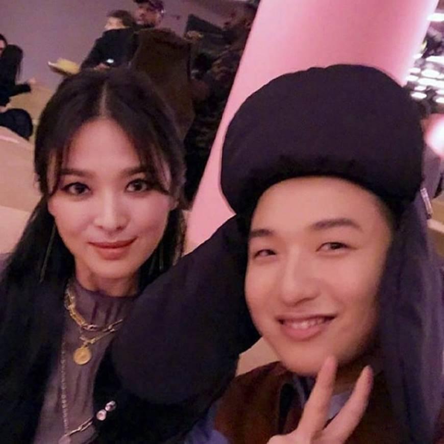 Chọn cách giữ im lặng nhưng Song Hye Kyo lại để lộ quá nhiều bằng chứng cho thấy sự mệt mỏi trong cuộc hôn nhân với Song Joong Ki-7