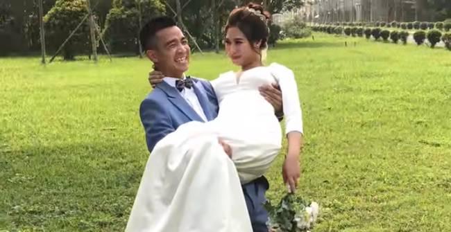 Youtuber Phương Hữu Dưỡng bất ngờ theo vợ bỏ cuộc chơi, Lexus đón dâu, mời cả Chu Bin đến dự, nhưng danh tính cô dâu mới là điều bất ngờ-13