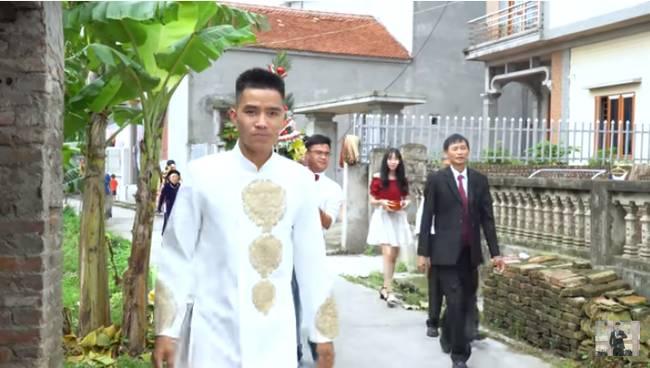Youtuber Phương Hữu Dưỡng bất ngờ theo vợ bỏ cuộc chơi, Lexus đón dâu, mời cả Chu Bin đến dự, nhưng danh tính cô dâu mới là điều bất ngờ-3