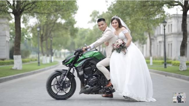 Youtuber Phương Hữu Dưỡng bất ngờ theo vợ bỏ cuộc chơi, Lexus đón dâu, mời cả Chu Bin đến dự, nhưng danh tính cô dâu mới là điều bất ngờ-7