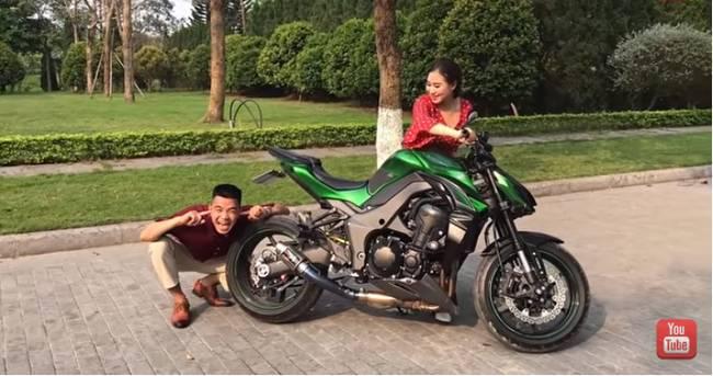 Youtuber Phương Hữu Dưỡng bất ngờ theo vợ bỏ cuộc chơi, Lexus đón dâu, mời cả Chu Bin đến dự, nhưng danh tính cô dâu mới là điều bất ngờ-9
