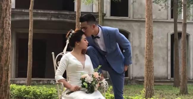 Youtuber Phương Hữu Dưỡng bất ngờ theo vợ bỏ cuộc chơi, Lexus đón dâu, mời cả Chu Bin đến dự, nhưng danh tính cô dâu mới là điều bất ngờ-8