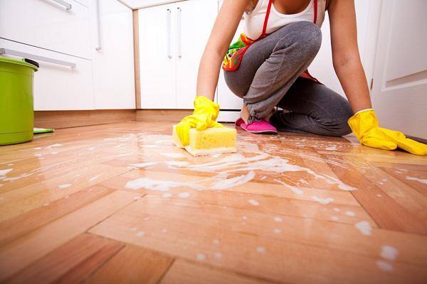 Cảnh báo 5 sai lầm tai hại 99% nhà nào cũng mắc khi dùng nước lau sàn-3