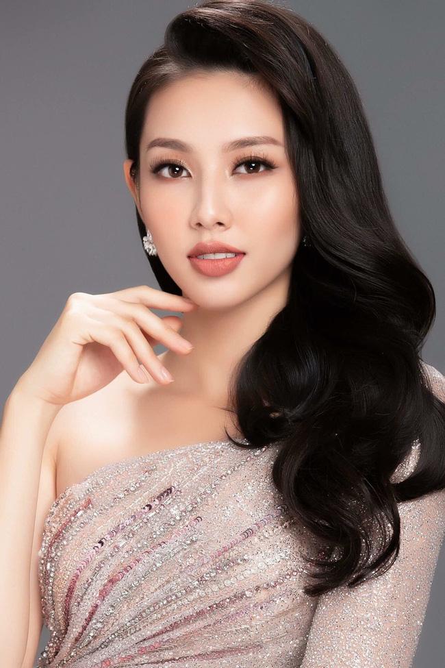 Lộ clip Hoa hậu Nhân ái Nguyễn Thúc Thùy Tiên tranh cãi gay gắt, xé giấy nợ 1,5 tỷ đồng khi bị đòi nợ-5