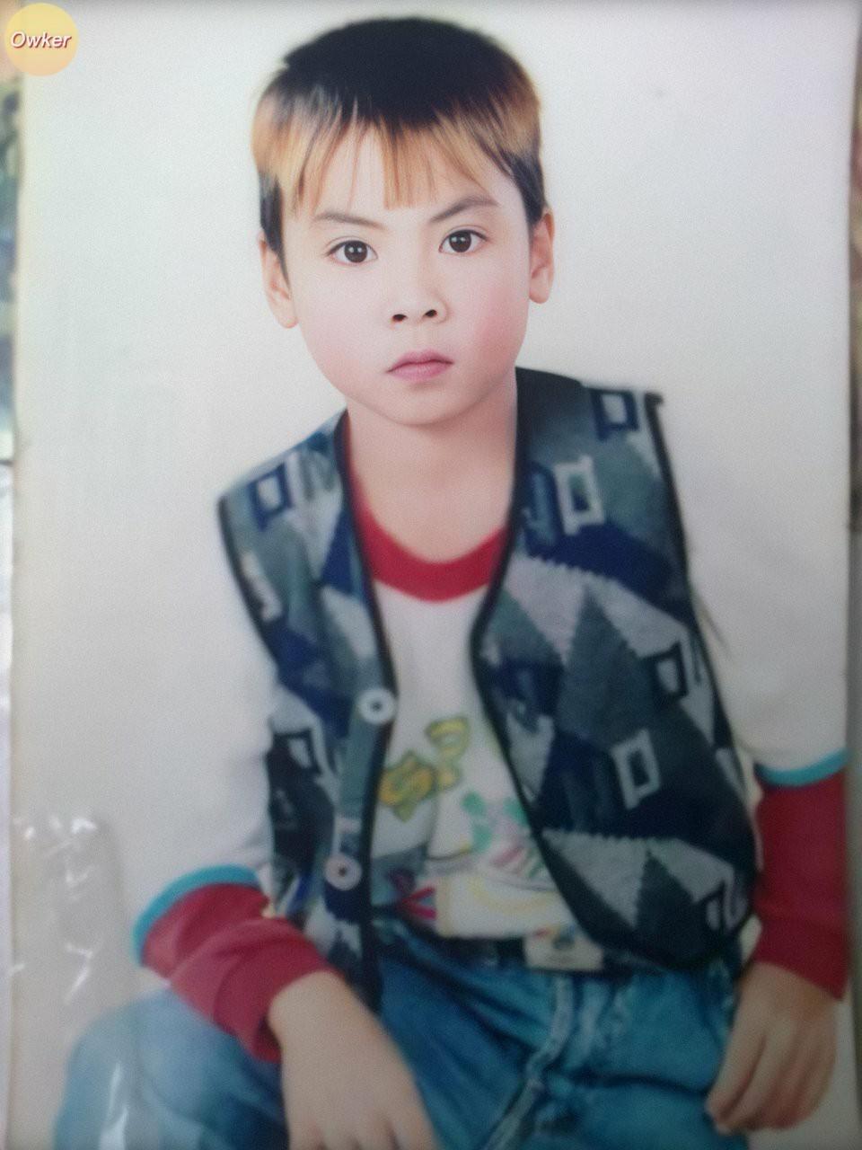 Cười đổ ghế với loạt ảnh thơ ấu mới hé lộ của dàn cầu thủ Việt: Đức Huy chất từ bé, bất ngờ nhất là Lâm Tây-2