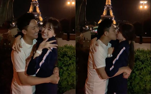 Trấn Thành - Hari Won kỷ niệm 1200 ngày yêu nhau bằng màn hôn đắm đuối dưới tháp Eiffels nhưng lại bất ngờ bị phá đám vì điều này-1