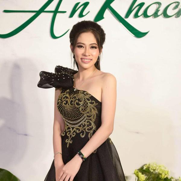 Chị gái Hoa hậu Đặng Thu Thảo chính thức lên tiếng việc bị Hoa hậu Nhân Ái Thùy Tiên xé giấy nợ 1,5 tỷ đồng với thái độ thách thức-1