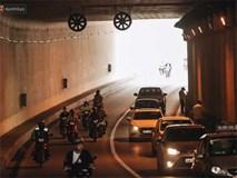 Người dân gặp khó khăn thế nào khi lưu thông qua hầm Kim Liên: Đường dốc và trơn, chạy vào là tay lái chao đảo