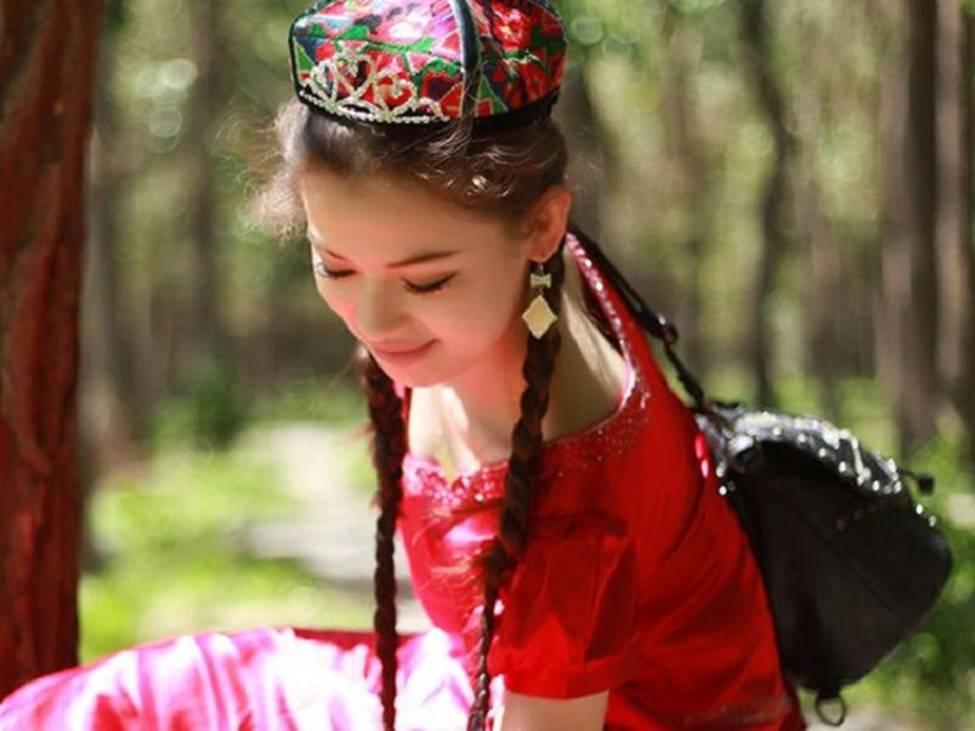 Các cô gái dân tộc thiểu số Trung Quốc đẹp tới mức khiến hoa nhường nguyệt thẹn-14