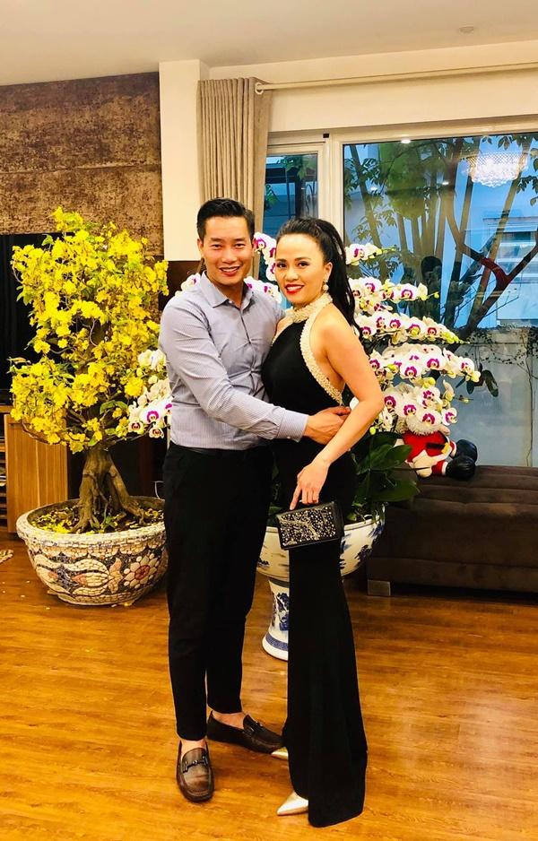 Tiết lộ danh tính nửa kia và chuyện hôn nhân của Nhà báo Lại Văn Sâm, Long Vũ cùng loạt BTV nam nổi tiếng phía Bắc-2