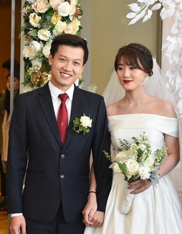 Tiết lộ danh tính nửa kia và chuyện hôn nhân của Nhà báo Lại Văn Sâm, Long Vũ cùng loạt BTV nam nổi tiếng phía Bắc-12
