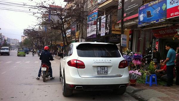 Choáng ngợp dàn siêu xe biển đẹp Quảng Ninh-20