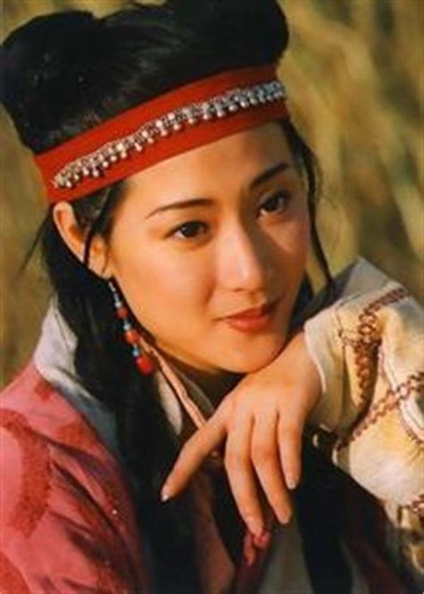 Đời buồn của công chúa phim Bao Thanh Thiên: anh trai đánh đập thậm tệ, mẹ đẻ tố làm gái kiếm tiền hút ma túy, mắc bệnh ung thư quái ác-2