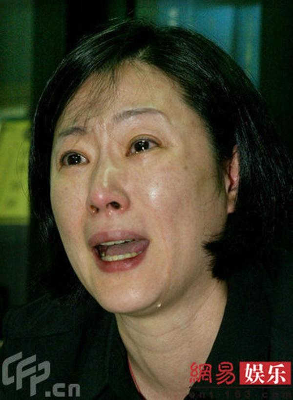 Đời buồn của công chúa phim Bao Thanh Thiên: anh trai đánh đập thậm tệ, mẹ đẻ tố làm gái kiếm tiền hút ma túy, mắc bệnh ung thư quái ác-6