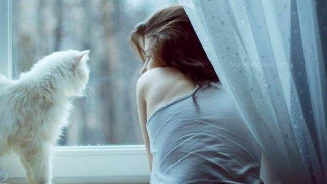 Vừa mặn nồng đêm qua, sáng thức dậy đã thấy người yêu dạm ngõ cùng cô khác-1