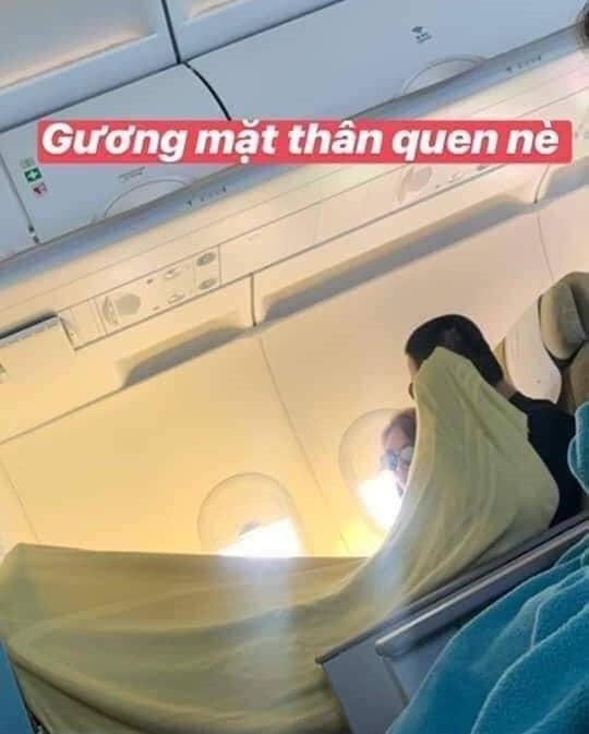 Mỹ Tâm – Mai Tài Phến bị bắt gặp đi du lịch cùng nhau, đắp chung chăn cực tình tứ trên máy bay?-2