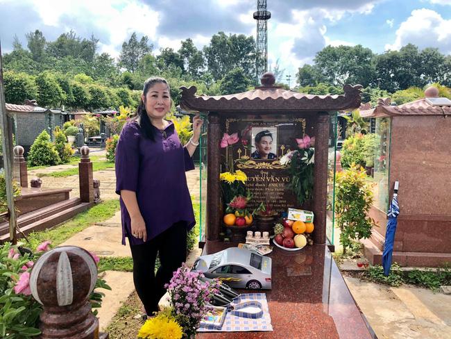NSND Hồng Vân tiết lộ di nguyện cuối cùng của nghệ sĩ Anh Vũ sẽ được gia đình hoàn thành trước 49 ngày mất-2
