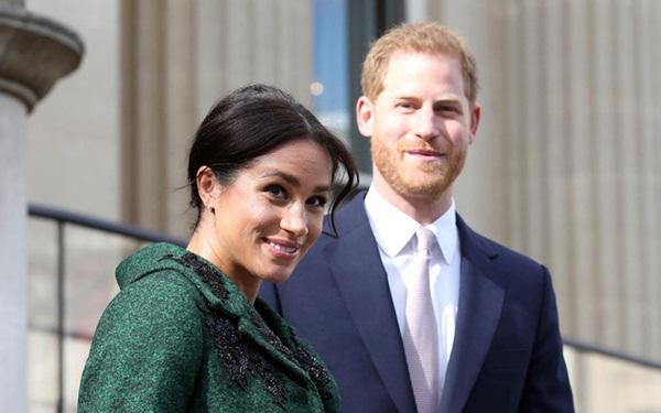 Vừa mới chào đời, con đầu lòng của Meghan đã làm nên lịch sử của Hoàng gia Anh, nổi bật nhất từ trước đến nay-1