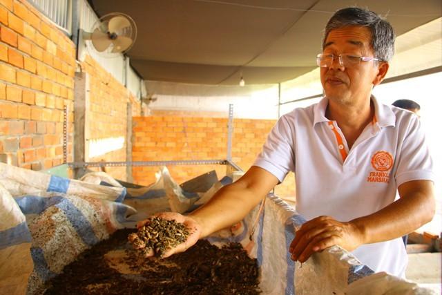 Đồng Tháp lạ nhất Việt Nam: Bán trứng ruồi 15 triệu/kg-1