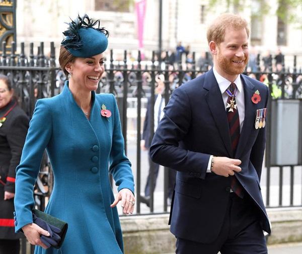 Lời xin lỗi chân thành của Hoàng tử Harry gửi đến chị dâu Kate vì những mâu thuẫn, xích mích liên quan đến Meghan-1