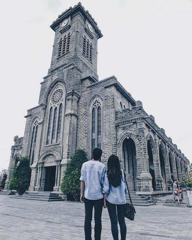 Instagram giới trẻ tràn ngập những bức ảnh chụp với nhà thờ Núi, ở ngay Nha Trang mà đẹp tuyệt chẳng kém trời Tây-11