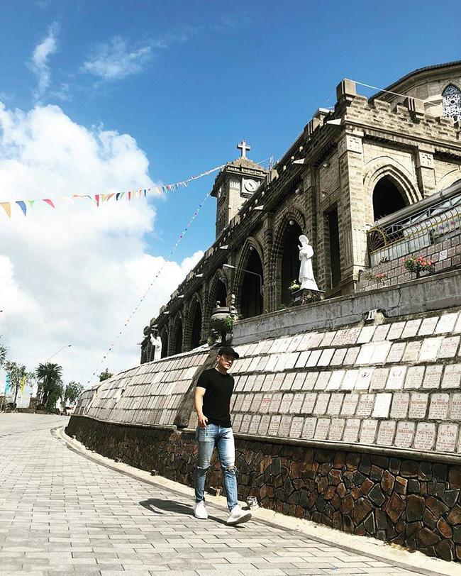Instagram giới trẻ tràn ngập những bức ảnh chụp với nhà thờ Núi, ở ngay Nha Trang mà đẹp tuyệt chẳng kém trời Tây-8