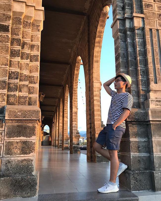 Instagram giới trẻ tràn ngập những bức ảnh chụp với nhà thờ Núi, ở ngay Nha Trang mà đẹp tuyệt chẳng kém trời Tây-9