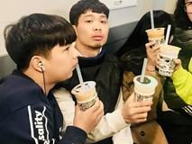 Công Phượng gây cười khi uống trà sữa tại Hàn Quốc