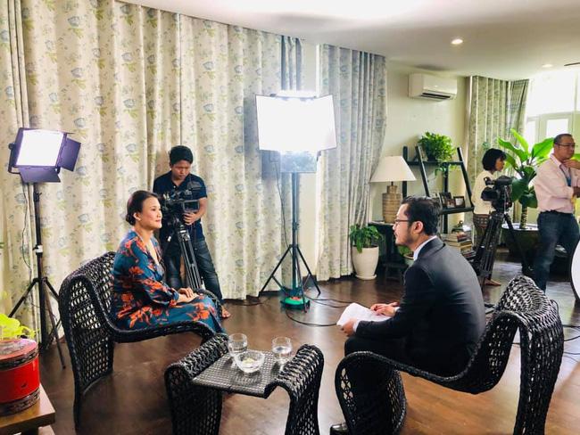 Vợ mới của chồng cũ Hồng Nhung lộ vòng bụng khác thường, tiết lộ điểm không ai ngờ ở ông xã-3