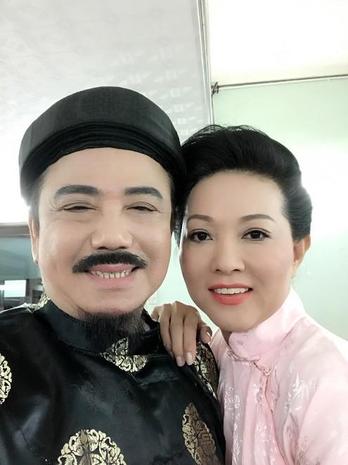 Nghệ sĩ Hồng Tơ vừa bị bắt để điều tra hành vi đánh bạc: Bố mẹ từ mặt, vợ bỏ, giang hồ thóa mạ chỉ vì… kiếp đỏ đen-1