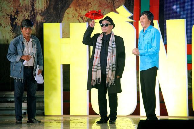 Nghệ sĩ Hồng Tơ vừa bị bắt để điều tra hành vi đánh bạc: Bố mẹ từ mặt, vợ bỏ, giang hồ thóa mạ chỉ vì… kiếp đỏ đen-2