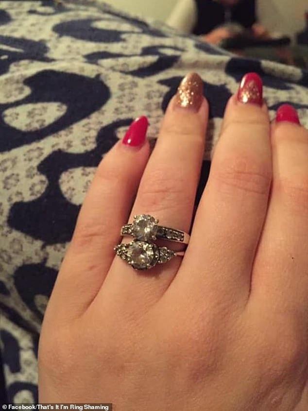 Kể chuyện được bạn trai tặng 2 nhẫn kim cương nhưng không biết đeo chiếc nào cho lễ đính hôn, cô gái bị dân mạng xỉa xói không thương tiếc-1