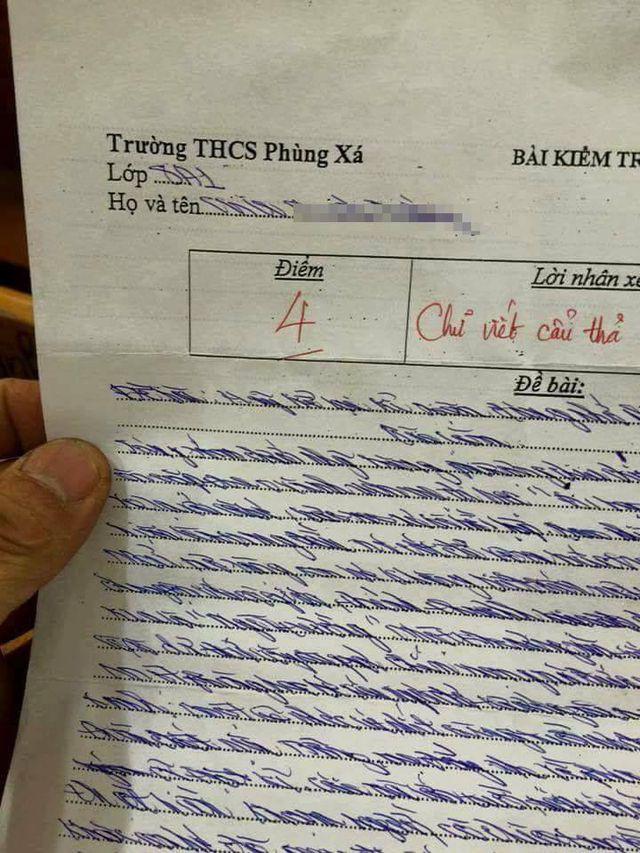 Làm bài kiểm tra chữ xấu hơn gà bới, cô giáo phê một câu cực đắt khiến học sinh phải tự thấy xấu hổ-2