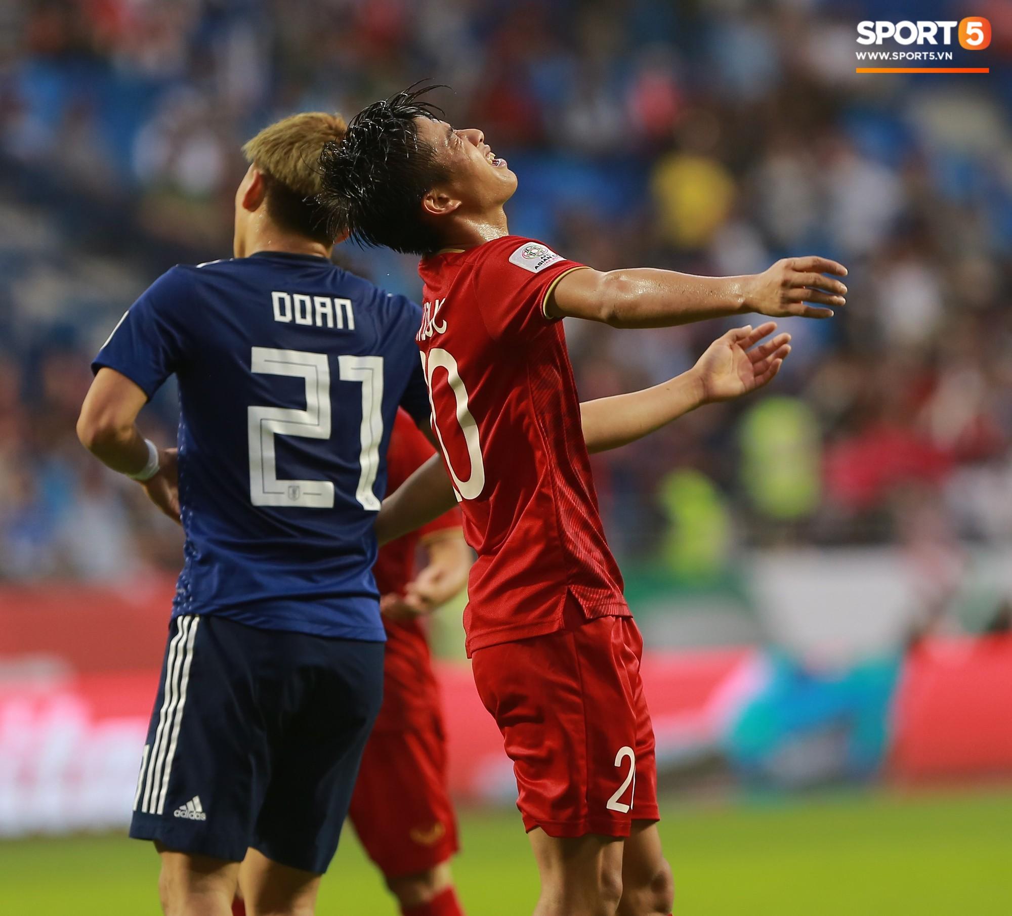 Phan Văn Đức có thể lỡ hẹn King's Cup vào tháng 6/2019 cùng đội tuyển Việt Nam-1