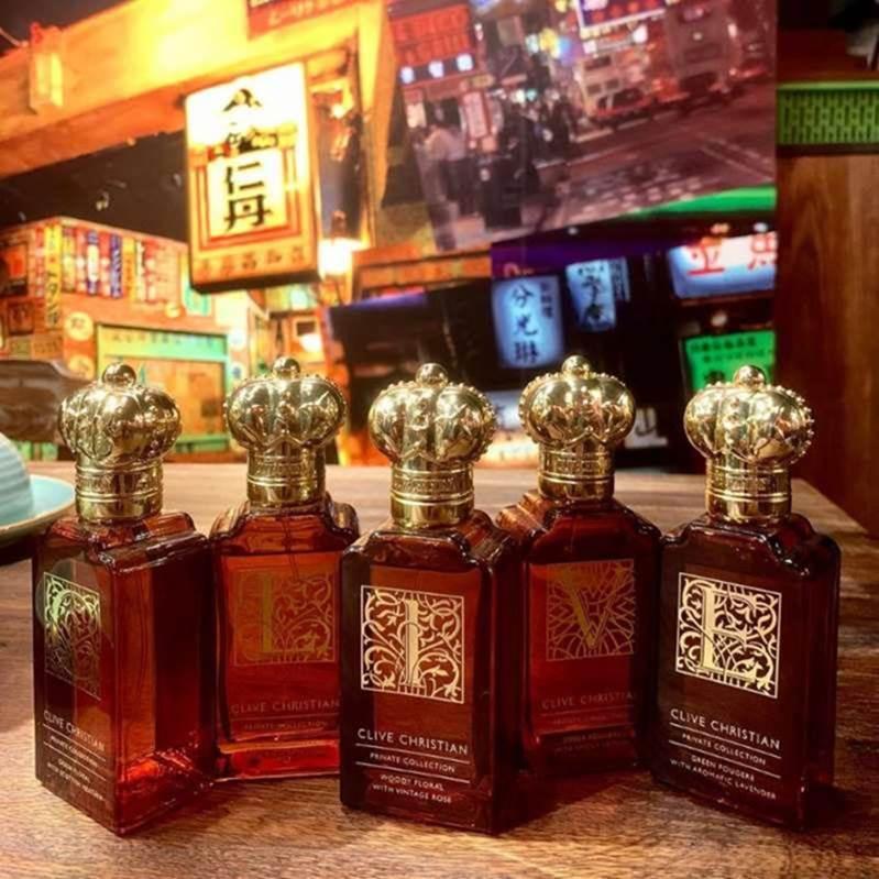 Trấn Thành chi tiền khủng sắm hàng trăm chai nước hoa hàng hiệu-6