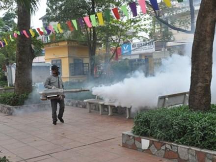 3 ổ dịch sốt xuất huyết mới trên địa bàn Hà Nội đã nhanh chóng được xử lý