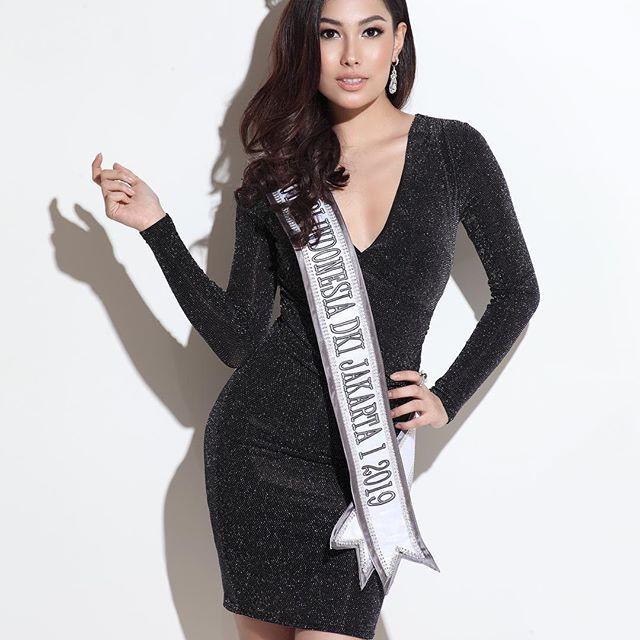 Đối thủ Hoàng Thùy tại Miss Universe 2019: Từ cơ bụng 6 múi đến thành tích cực khủng đủ sức nuốt chửng bất cứ người đẹp nào!-21