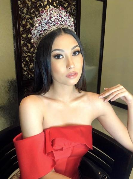 Đối thủ Hoàng Thùy tại Miss Universe 2019: Từ cơ bụng 6 múi đến thành tích cực khủng đủ sức nuốt chửng bất cứ người đẹp nào!-19
