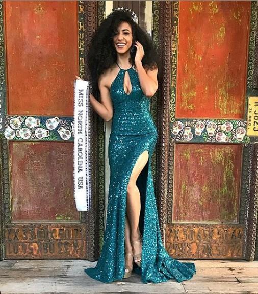 Đối thủ Hoàng Thùy tại Miss Universe 2019: Từ cơ bụng 6 múi đến thành tích cực khủng đủ sức nuốt chửng bất cứ người đẹp nào!-7