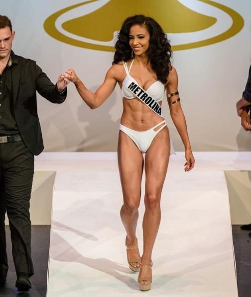 Đối thủ Hoàng Thùy tại Miss Universe 2019: Từ cơ bụng 6 múi đến thành tích cực khủng đủ sức nuốt chửng bất cứ người đẹp nào!-9