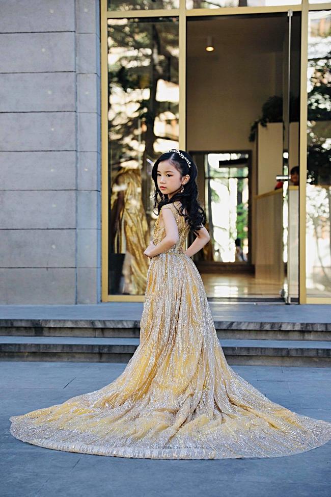 Vừa nhập cuộc Hoa hậu hoàn vũ nhí 2019, đại diện Việt Nam đã gây ấn tượng với chuyên trang sắc đẹp Missosology-3