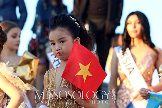 Vừa nhập cuộc Hoa hậu hoàn vũ nhí 2019, đại diện Việt Nam đã gây ấn tượng với chuyên trang sắc đẹp Missosology-5